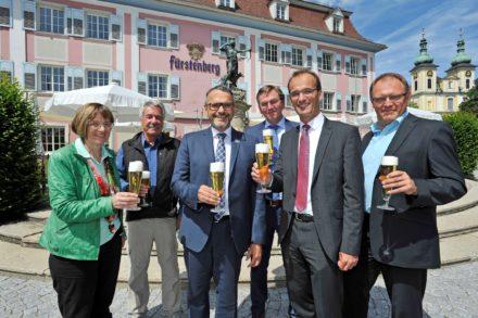 Sponsoring_Schwarzwaldpokal_Anstossen