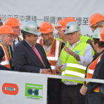 Wirtschaftsminister Gabriel besucht Herrenknecht-Baustelle in Hongkong