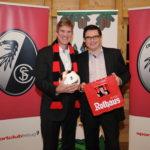 SC Freiburg und Rothaus verlängern Partnerschaft